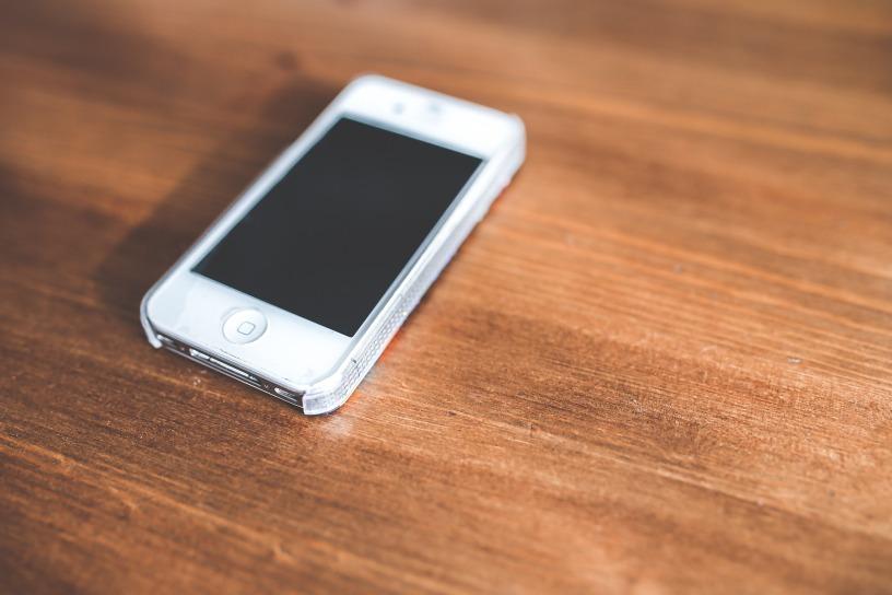 iphone-birou